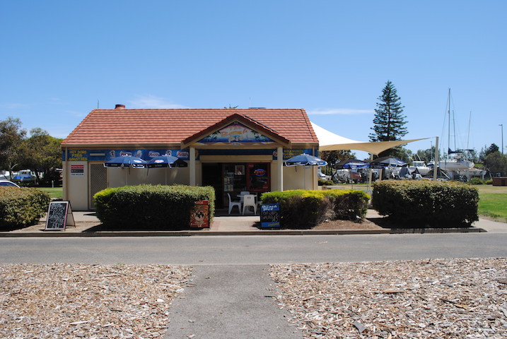 SOLD! Cafe and Takeaway in Beachside Parklands – South Australia